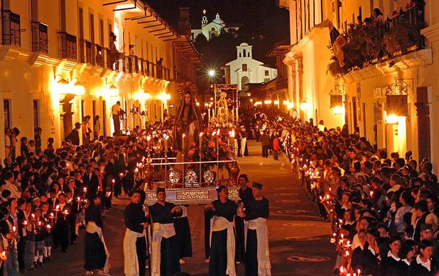 Semana Santa en Popayán, una de las numerosas expresiones religiosas en Colombia.