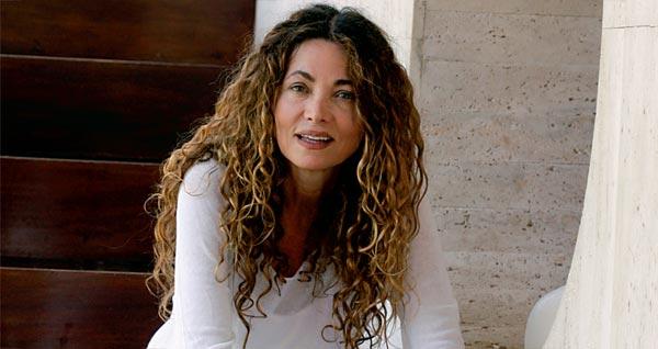 Ángela Becerra. Fotografía de woman.es