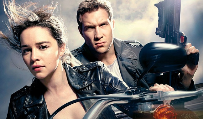 Emilia Clarke y Jai Courtney