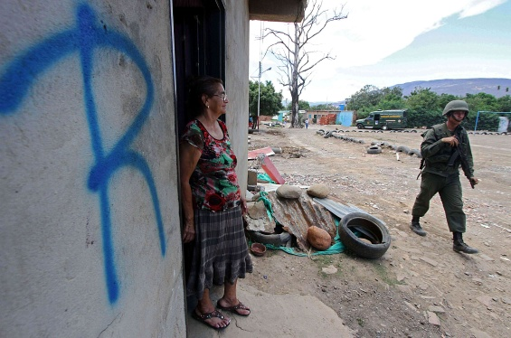 Marcas-de-casas-de-colombianos-en-la-frontera